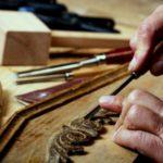 Materiali e tecniche antiche nel restauro del mobile
