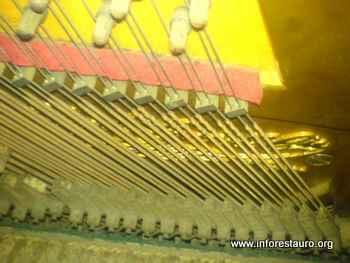 piano_2009_08