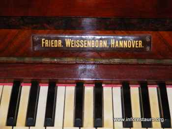 piano_2009_13b