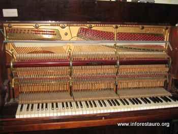 piano_2010_03