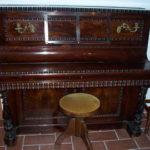 Un bel pianoforte ... ma musicalmente irrecuperabile