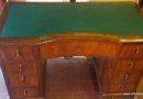 Restauro di una scrivania