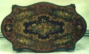 Piano del tavolo prima del restauro