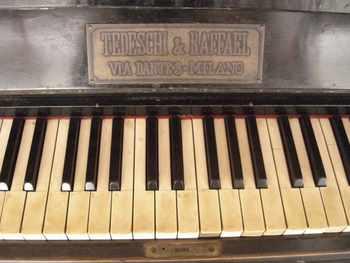 piano_2009_06b
