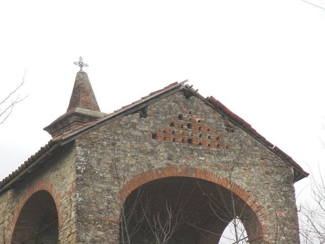 Chiesa di San Vito a Morsasco:Particolare del portico
